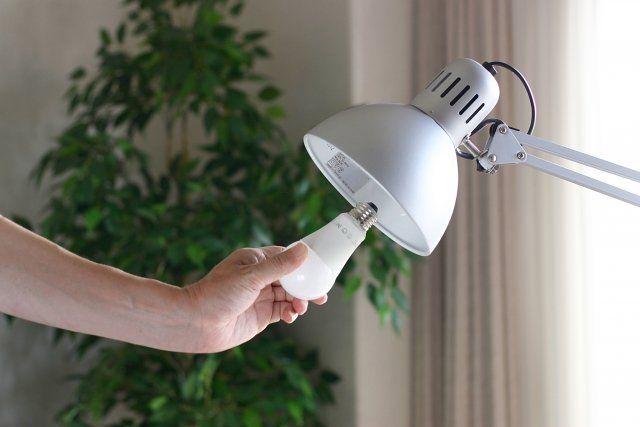 電球を取り替える