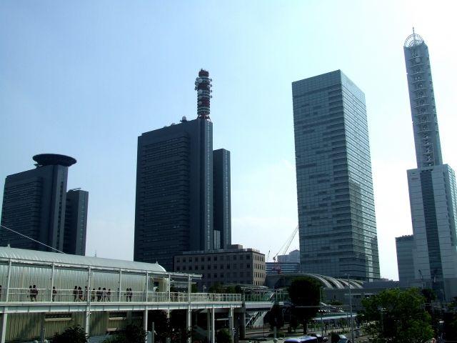 さいたま新都心の高層ビル