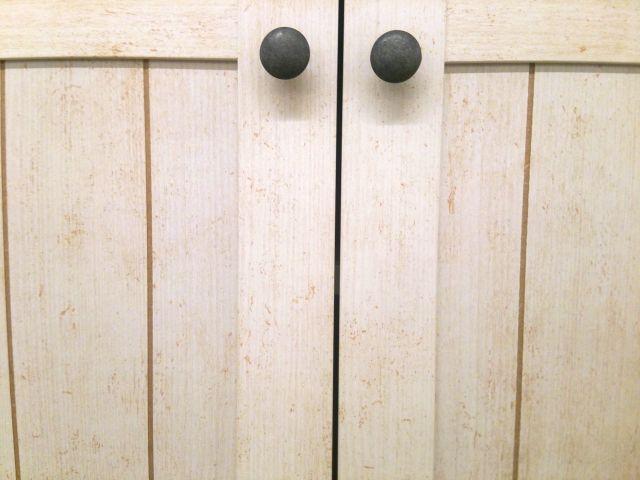 扉の取り付け方