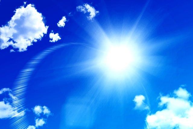 天窓から入る夏の日差し