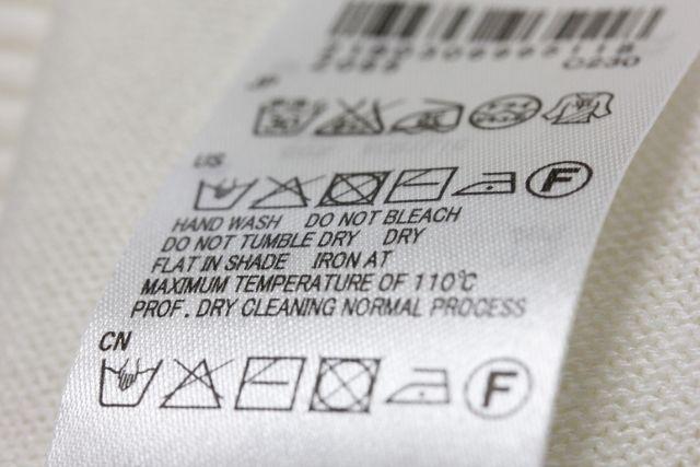 e7aed235197b0 洗濯物にも愛を!洗濯機では洗えないデリケートな衣類の洗濯術 不動産 ...