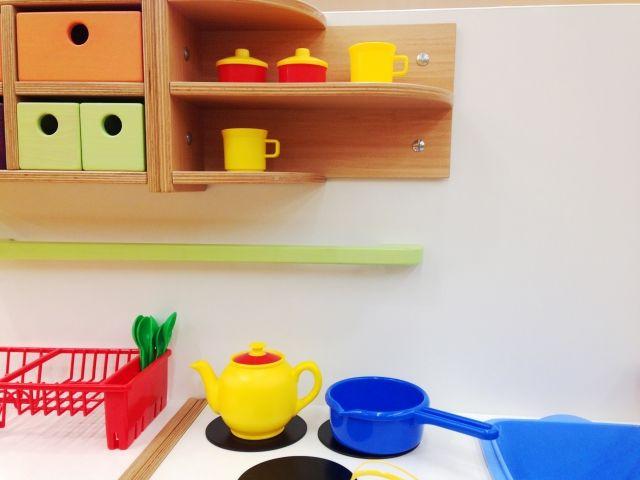 おもちゃのキッチン棚