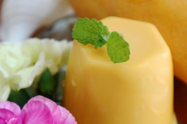 沖縄土産の定番 とろなまマンゴープリン