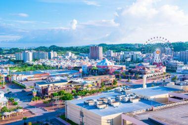 沖縄県北谷町美浜の遠景