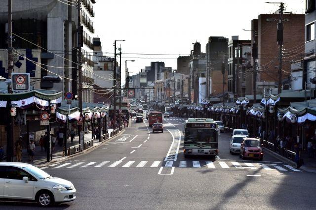 京都市の四条通