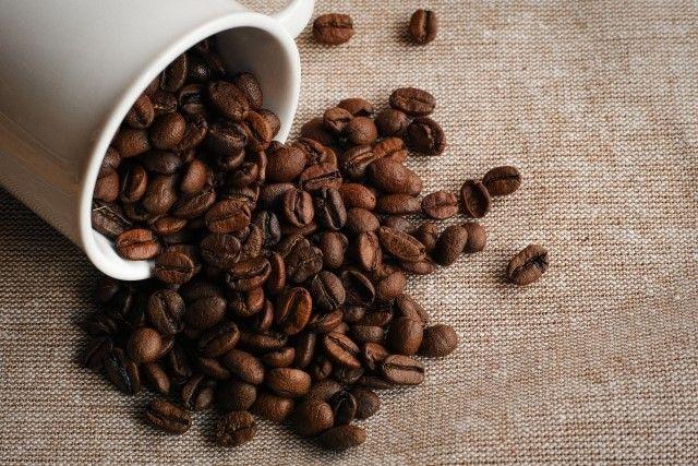 挽く前のコーヒー豆