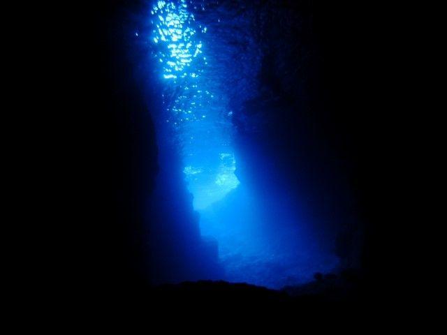 恩納村と言えば、青の洞窟