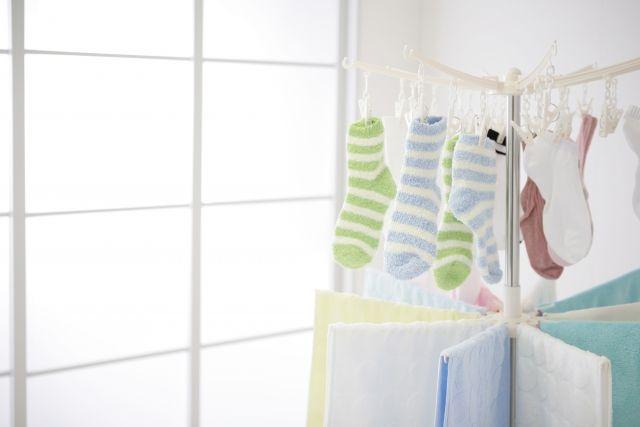 2.室内に洗濯物を干す
