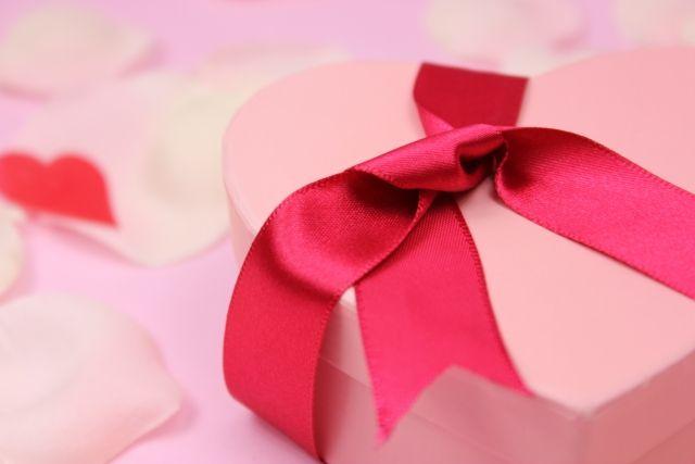 バレンタインのプレゼントを選ぶ