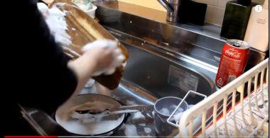 毎日 お皿 洗う