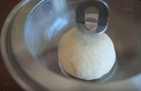 発酵中のパン生地