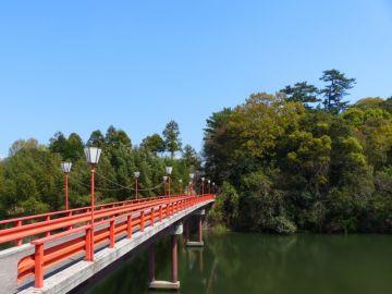 滝宮公園の滝川橋