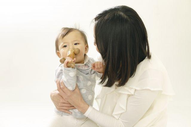 赤ちゃんがぐずったり泣いたりしたときの対処法