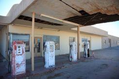ガソリンスタンド跡地は意外と安全?調査費用や活用方法をご紹介!