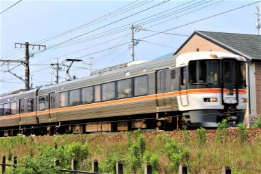 10月14日は「鉄道の日」!線路近くの家のメリット・デメリットや騒音対策は?