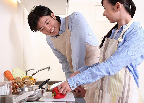 自分の転勤が決まったら妻についてきてほしいですか?